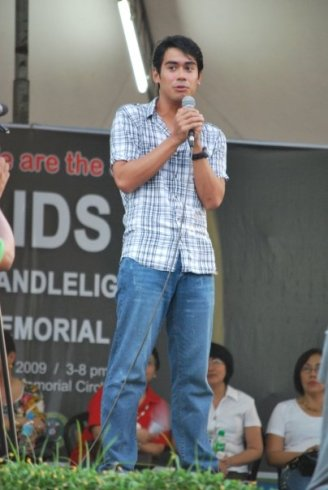 Speaking at the Candlelight Ceremony 2009