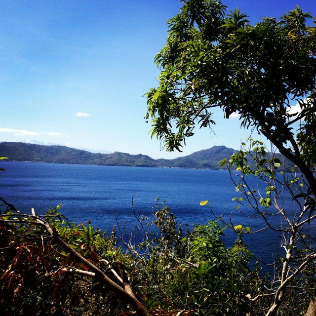 Anilao, Batangas. Yeah, it's gorgeous, I know.
